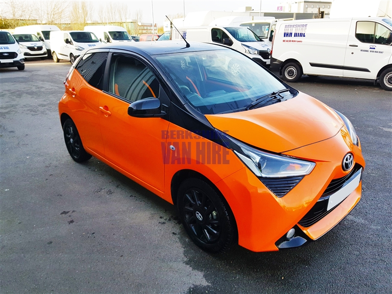 Toyota_Aygo_VVT-I_X-PLAY Hire Costs
